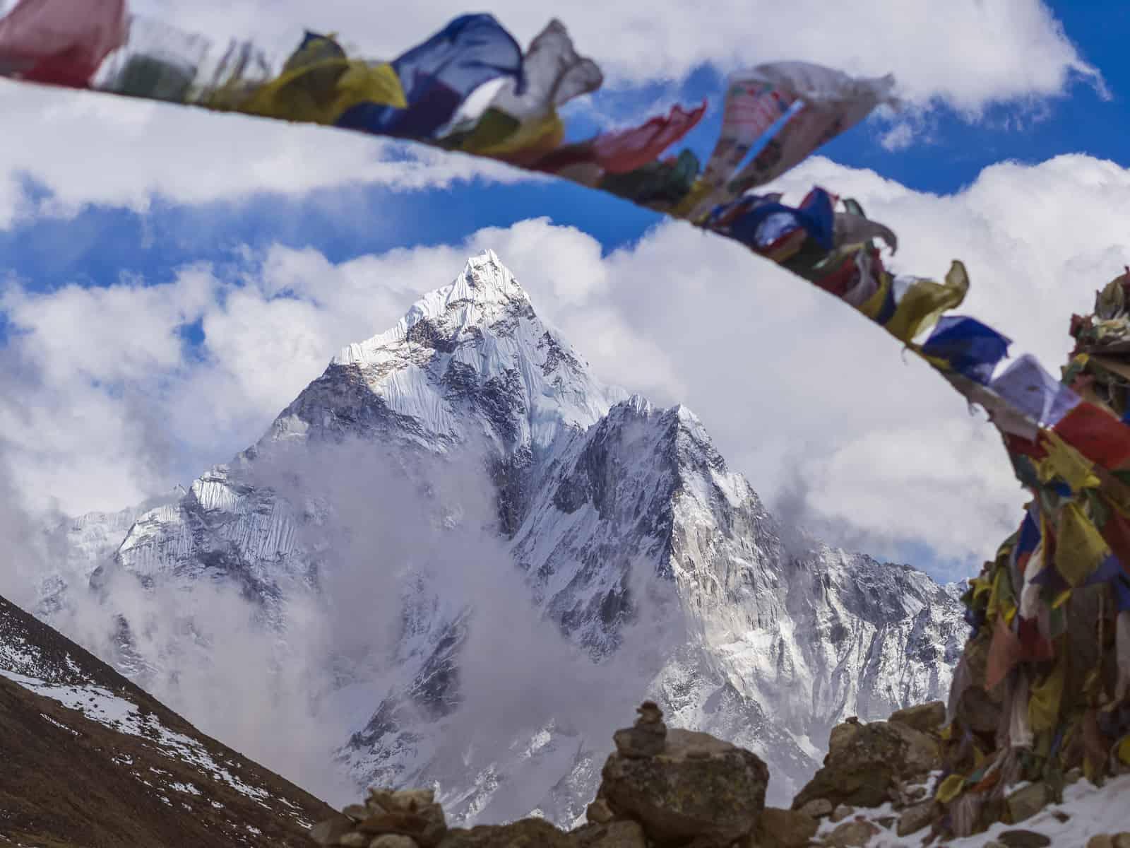 Mount Ama Dablam in the Nepal Himalaya, Everest Base Camp Trek.